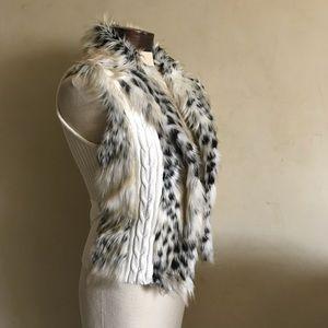 XOXO Fur & Knit Vest